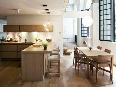 Một căn bếp mở khiến không gian rộng rãi và sáng sủa hơn